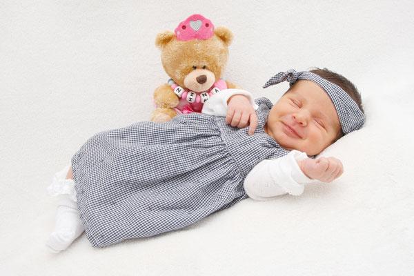 Newborn Fotoshooting, Baby Lächeln, Aarau