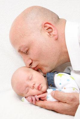 Babyfotografie, Papi mit Sohn, Kaisten