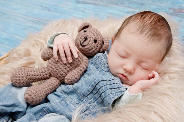 Newborn Homeshooting, kleine Maus, Hitzkirch