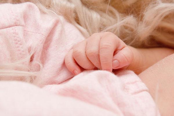 Baby Fotoshooting, kleine Hand, Möhlin