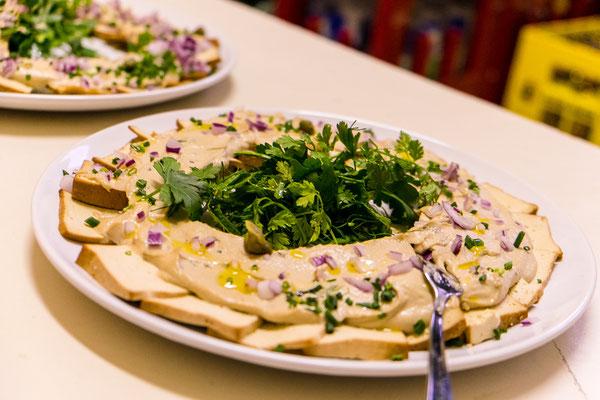 Vegane Tofu Sesam Platte | Image by Dan Taylor - dan@heisenbergmedia.com