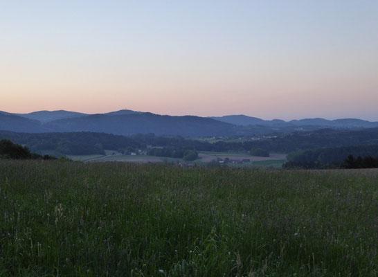 Kurz vorm Sonnenaufgang bei Tiefendorf