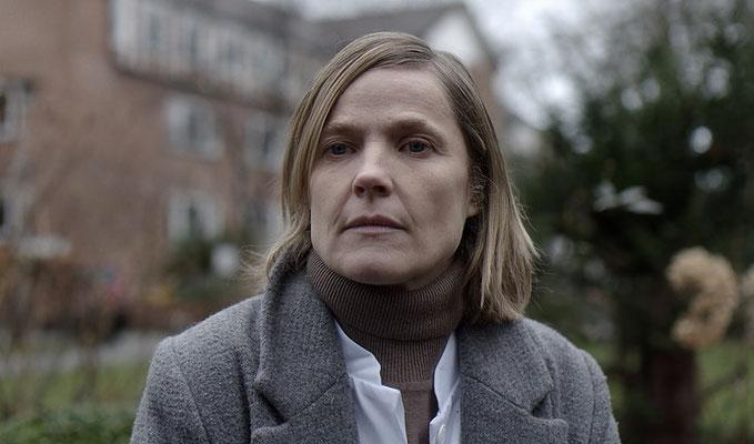 """Nona"" - Dr. Keller (Karoline Eichhorn)"