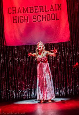 CARRIE - Das Musical, Carrie (Lorena Dehmelt)
