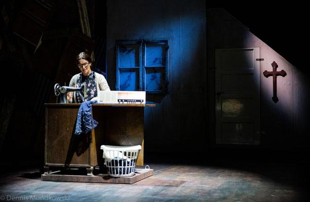 CARRIE - Das Musical, Margarete (Maya Hakvoort)