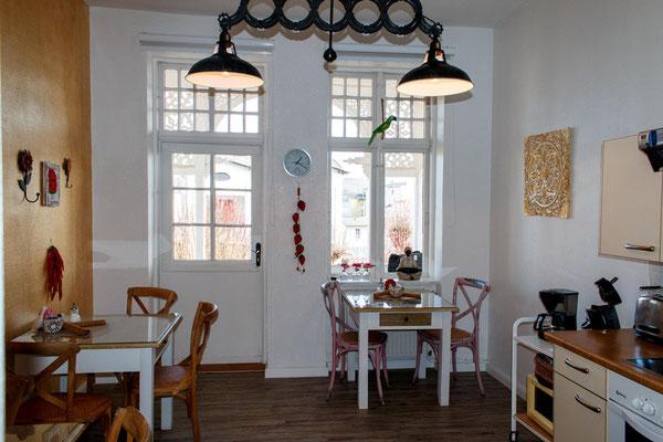 Speiseraum & Küche für Gäste der Doppelzimmer
