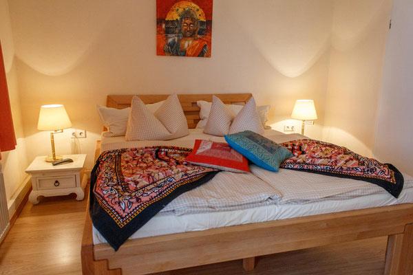 Doppelbett im Zimmer Nr.3