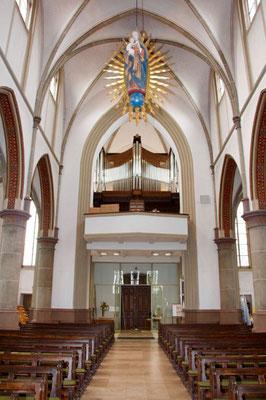 Die Orgelempore mit der neuen Merten-Orgel