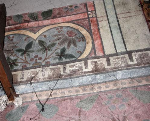 Nach der Demontage wird alte Kirchenmalerei entdeckt