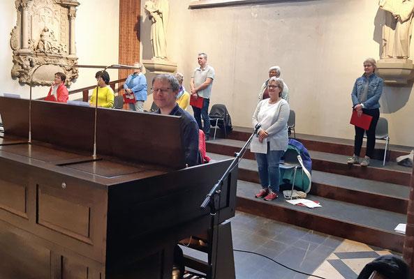 Der Gottesdienst in St. Sixtus Haltern wurde vom Chor Auftakt unterstützt