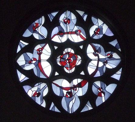 Kirchenfenster über der Empore