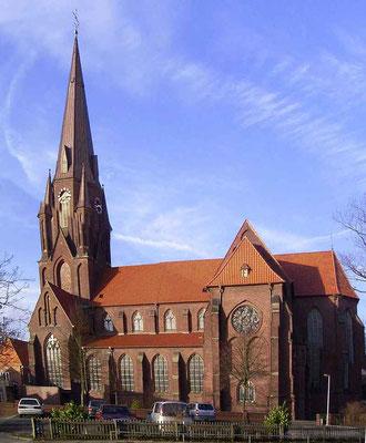 2005 - Kirche gesehen von der Wieschofschule