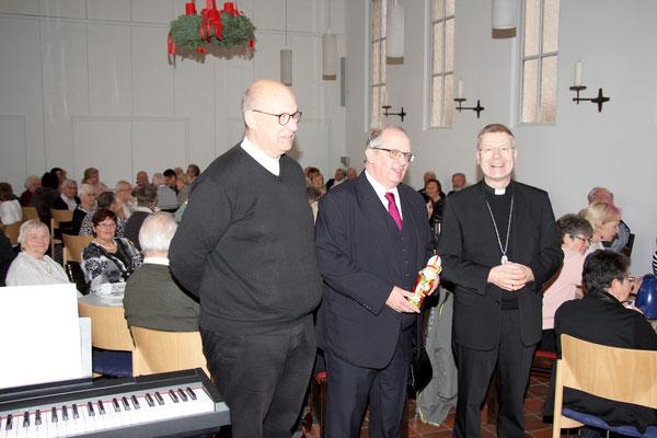 Pfr. Dieter Hogenkamp, Pastor Thorsten Melchert und Bischof Zekorn in der ev. Christuskirche
