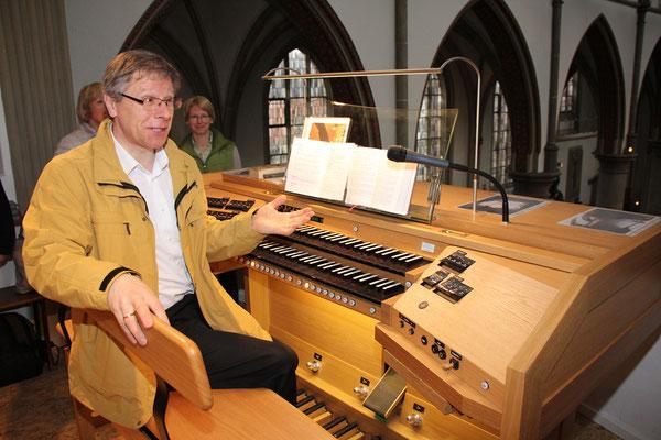 Ein strahlendes Gesicht des Kirchenmusikers