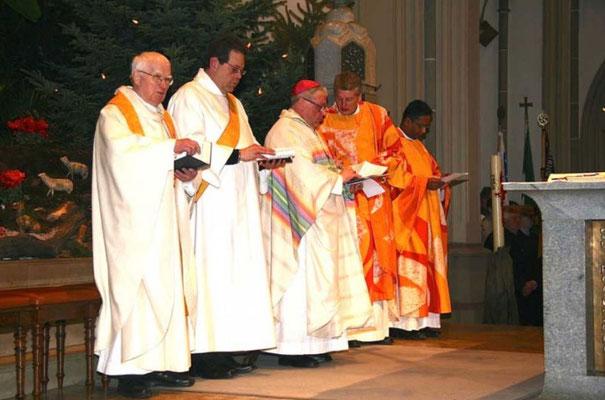 Die Zelebranten des feierlichen Gottesdienstes