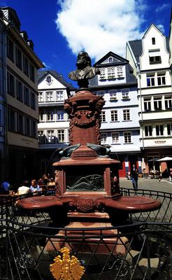 Friedrich Stoltze Brunnen am Hühnermarkt
