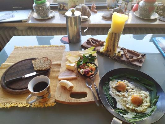 ☀️- Kaiser-Frühstück dahoam! 👌02.04.XX