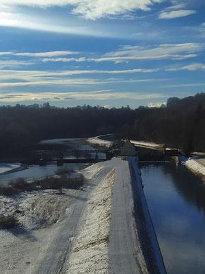 """🍀 🌞""""Juhuuu! Kaiserwetter!"""", Blick von der Grosshesseloher Brücke 😎 13.02.21"""