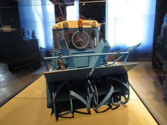 Die unverwüstlichen Wallack-Rotations-Schneefräsen sind seit 1953 im Einsatz