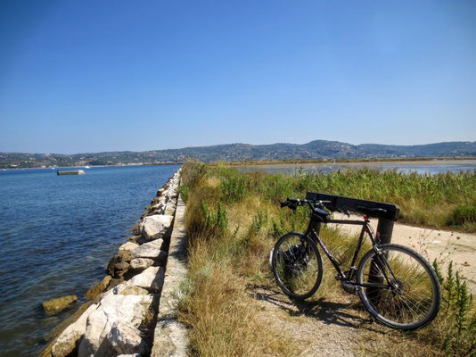 Einfach nur ein Traum - mit dem Fahrrad am Meer !