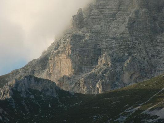 Die Forca dei Disteis unter der Montasch-Südwand