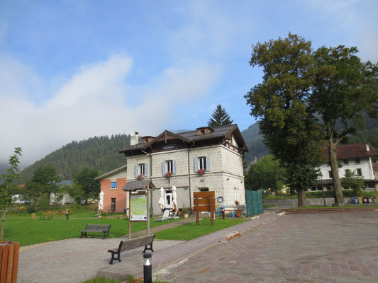 Der Historische Bahnhof in Uggowitz / Uggovizza
