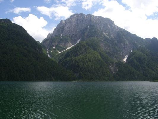 Raibler See mit Raibler Seekopf (Cima del Lago) 2.125m