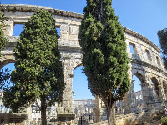 ...und war das sechstgrößte Amphitheater im Römischen Reich....