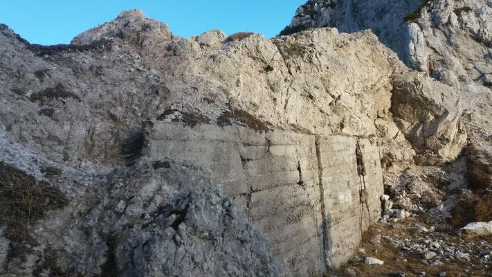 Ruinen des 1. Weltkrieges auf der Forcella Cianalot (Piperscharte)