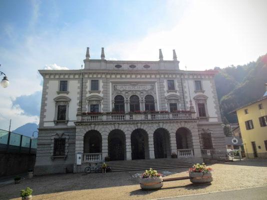Rathaus in venezianischem Stil in Pontebba