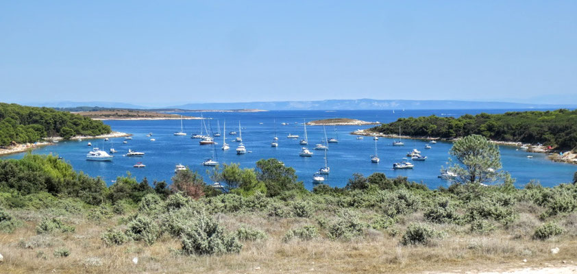 Die Bucht Uvala Portic im Süden von Istrien