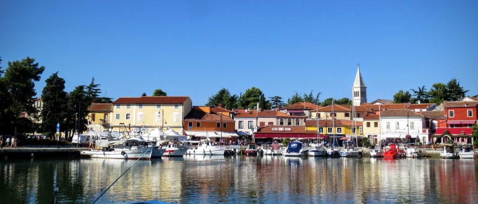 Hafen und Altstadt von Novigrad