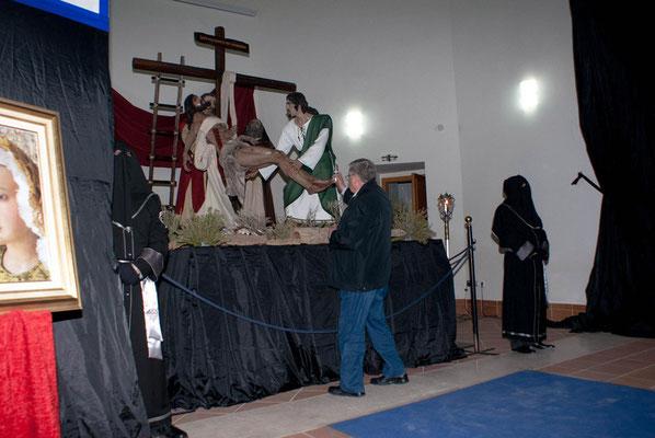 Bendición del Grupo Escultórico por el párroco