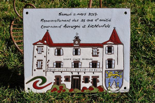 La mairie de Cournon d' Auvergne fête son jumelage...