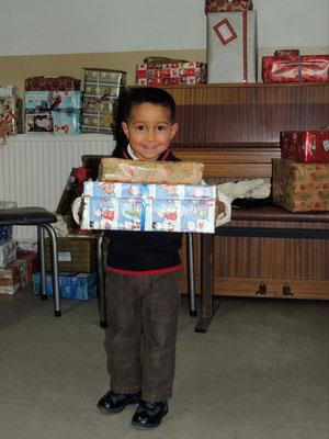 ...ein Strahlen bei den Geschenken ;-)