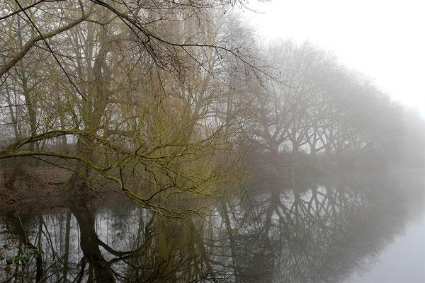Nebel in Duisburg