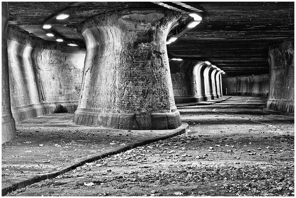 Tunnel unter dem Thyssengelände in Duisburg