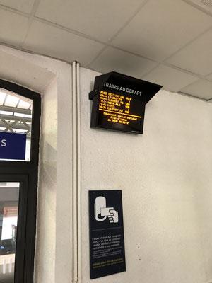 panneau d'affichage des trains&Cars à Mende du 01-07-2018