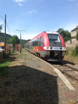 TER en Gare d'Allenc