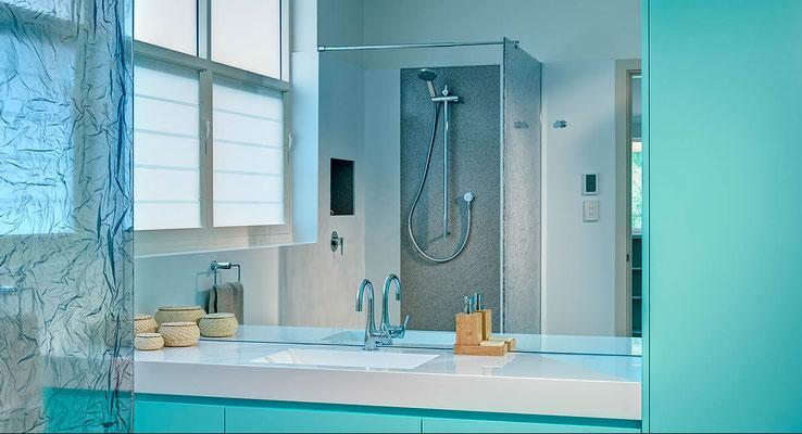 Dusche - Trennwand mit Acrylglas Inlays