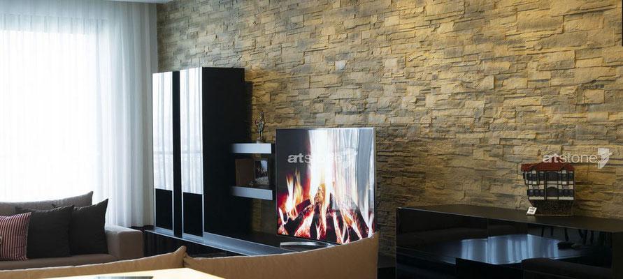 Moderne Wohnzimmer- Steinwand - Lascas terrosa