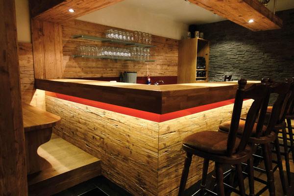 Altholz Raumgestaltung - Eiche auf 3 Schichtplatten