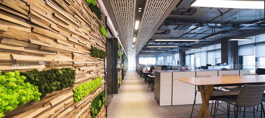 GFK Holzwand mit Moos kombiniert