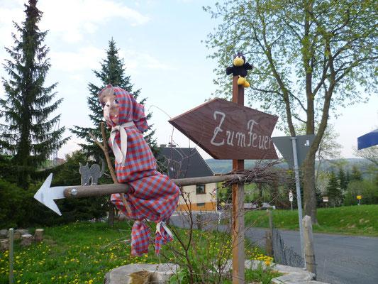 Panzerlinde Wünschendorf zum Hexenbrennen
