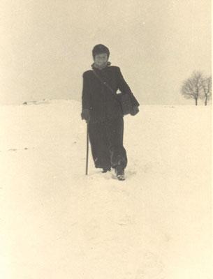 Frau Haß, die Briefträgerin von Wünschendorf