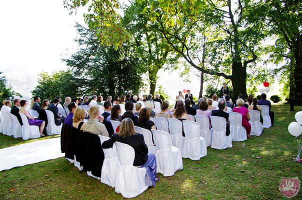 Zeremonie auf der Burg Vico Morcote