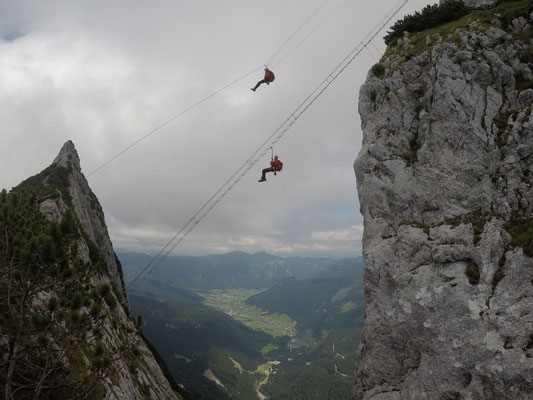 Klettersteig Gosau : Donnerkogelklettersteig bergung bergrettung gosau