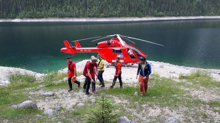Laserer Alpin Klettersteig : Einsatz laserer alpin klettersteig bergrettung gosau