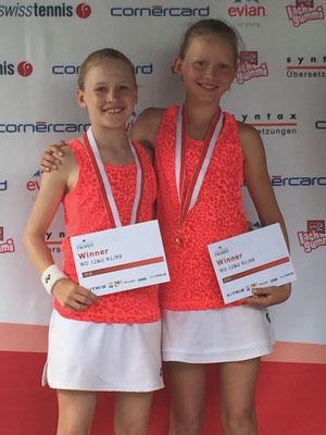 Juli 2016: Siegerin im Doppel an der Seite von Karolina Kozakova an den Junioren-Schweizermeisterschaften GS12, Sommer in Uster ZH