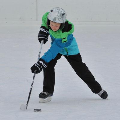 Dezember 2013: Eishockeytraining in Bülach ZH